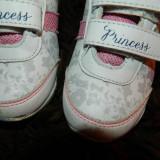 Adidasi pentru fetite, cu scai, Princess, marimea 26-27, de zi cu zi, DONATIE! - Adidasi copii, Culoare: Din imagine, Fete, Piele sintetica