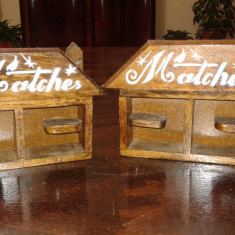 Suport de chibrituri vechi de lemn lucrate manual set doua piese