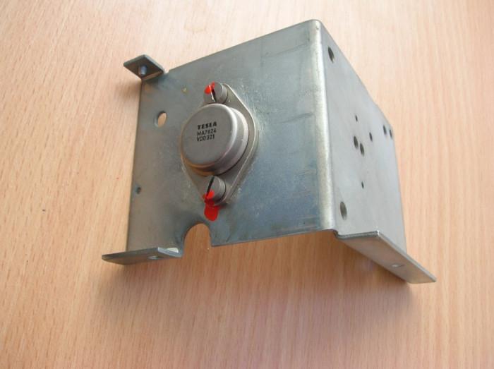 stabilizator 24 V Tesla MA7824