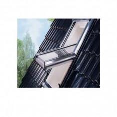 Fereastra de mansarda Roto Designo R45H lemn - 9/11