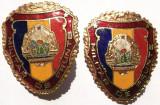 ROMANIA LOT 2 INSIGNE MILITAR DE FRUNTE RSR FORMAT MARE SI MIC, IMPECABILE **, Romania de la 1950