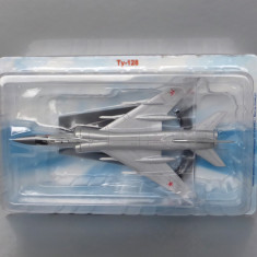 Avion Tupolev Tu-128, 1/175 - Macheta Aeromodel