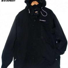 Geaca Everest Made in Suedia, noua,impermeabila, matlasata XXXL