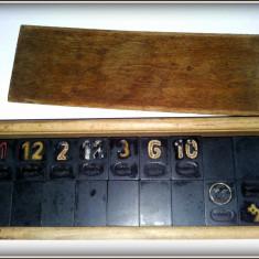 Rummy vechi - Joc de remi, IND. Loc. Medias- rarisim, piese negre - bachelita - Jocuri Board games