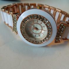 Ceas de dama GENOA cu pietre 35 mm diametru