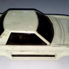 Masinuta tabla MF 040 - motoras cu frictiune - anii '80 ( pentru piese)