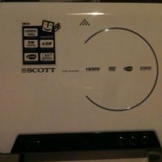 DVD PLAYER VERTICAL - DVD Playere, CD-R: 1, DVD-RW: 1, JPEG: 1, MP3: 1, MPEG 4: 1