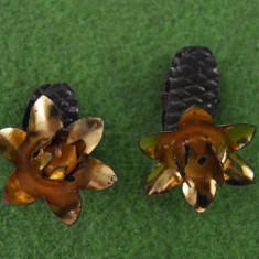 Lot 2 suporturi tip clema pentru lumanari brad Craciun, vintage, vechi, colectie