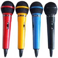 SET 4 MICROFOANE KARAOKE DIVERSE CULORI - Microfon Camera Video
