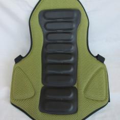 Protectie spate / backprotector marca UVEX, marime S /M (82-99 cm ) - Protectii moto