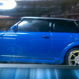 Masina mini cu telecomanda