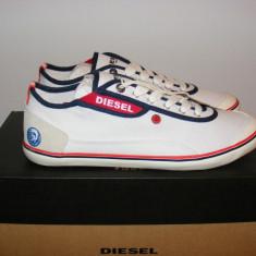 Tenisi Diesel KR312 Canvas Shoes din panza nr. 44 - Tenisi barbati Diesel, Culoare: Alb, Textil
