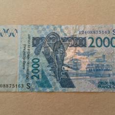 AFRICA DE EST 2000 FRANCI 2003 - bancnota africa
