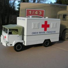 Macheta camion Simca Cargo 4x4 Crucea Rosie Franta scara 1:43 - Macheta auto