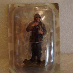 3239.Figurina din plumb Panzergrenadier Westfront - 1945 AL III REICH 1:30