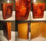 DIFERITE CASETE LEMN VECHI. Splendida Caseta intarsiata veche cu design deosebit
