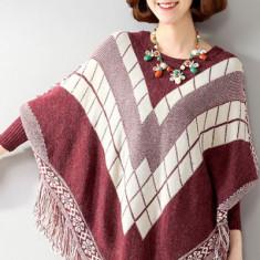 BL498-3 Bluza tricotata tip poncho, cu model si ciucurei - Bluza dama, Marime: S/M