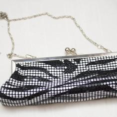 Poseta de seara din zale metalice model zebra