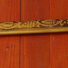 Rama deosebita din lemn pentru tablou fotografii sau oglinda motiv traditional ! - Rama Tablou, Decupaj: Dreptunghiular