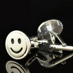 Butoni noi stil casual SMILE FACE argintii + cutie simpla cadou, Inox