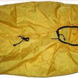 Husa de ploaie cu saculet propriu pentru rucsaci de 60-70 litri