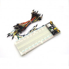 Kit breadboard MB102 830 ppuncte + sursa + set 65 cabluri tata - tata