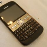Vand carcasa ORIGINALA completa pt Nokia E5 !!!