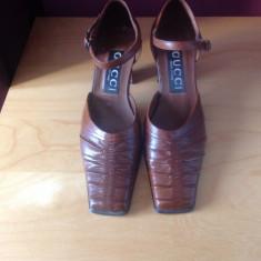Pantofi Gucci originali, model vintage, piele, masura 36 - Pantof dama Gucci, Culoare: Coniac, Piele naturala, Cu toc