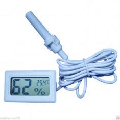 Termometru si higrometru digital cu fir, de culoare alb, cu sonda - Termometru Auto
