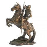 Statueta in bronz, cavaler medival