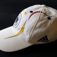 Basca Adidas Deutscher Fusball-Bund; marime universala, reglabila; ca noua - Sapca Barbati, Culoare: Din imagine