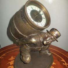 Deosebit ceas de semineu din bronz masiv francez mecanic