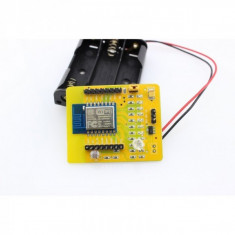 Placa dezvoltare WIFI ESP8266 ESP-12 cu case pt baterii si senzor de lumina #006