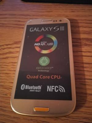 Samsung Galaxy S3 i9300 AURIU / NOU / LIVRARE CU VERIFICARE / FOLIE STICLA foto