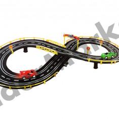 Circuit de curse de mari dimensiuni cu doua masinute - Vehicul