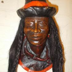 CAP de INCAS, impresionant basorelief LUCRAT MANUAL din PIELE NATURALA, Peru - Arta din America