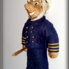 Papusa veche din cauciuc, marinar - capitan de vapor creepy - Papusa de colectie
