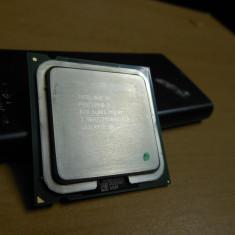 Procesor Intel Pentium D 830 3.00GHz SL885 - Procesor PC Intel, Intel Pentium Dual Core, Numar nuclee: 2, 2.5-3.0 GHz, LGA775