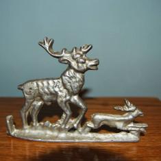 Cerb din metal aliaj neferos usor, argintiu, 2 cerbi, 13x9cm, colectie, vintage