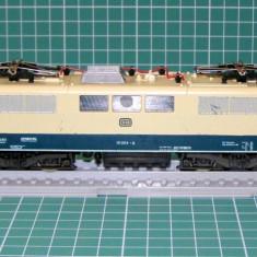 Locomotiva electrica E111 marca Lima scara HO(3596)