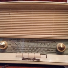 Radio Kuba Kolibri cu lampi