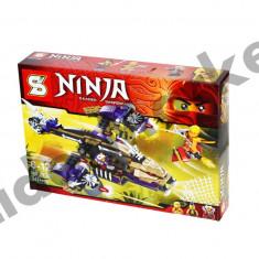 Set de constructie Ninja Thunder Swordsman cu 342 piese