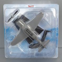 Avion Yakovlev Yak-11, 1/80 - Macheta Aeromodel