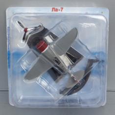 Avion Lavochkin La-7, 1/100 - Macheta Aeromodel