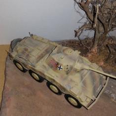 + Macheta 1/35 Sd.kfz 234/2 Puma + - Macheta auto Italeri