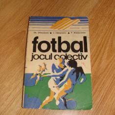 Carte Fotbal Jocul colectiv