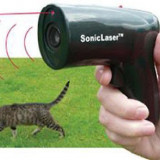Aparat cu ultrasunete pentru alungat cainii model pistol