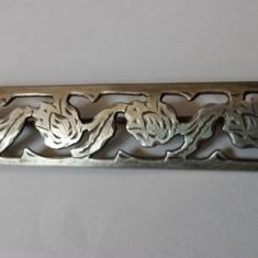Foarte Veche Brosa Argint Vintage executata si gravata Manual cu model floral