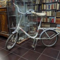 BICICLETA PEGAS ANII 1970 - Bicicleta retro, 20 inch, 16 inch, Numar viteze: 1, Alb
