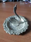 Farfurioara metalica ,veche,cu lebada,suport pentru inele si bijuterii